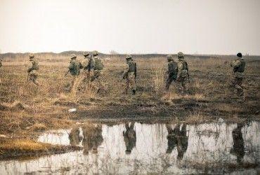 На Донбасі бойовики обстрілюють сили АТО з мінометів та кулеметів, поранено військового