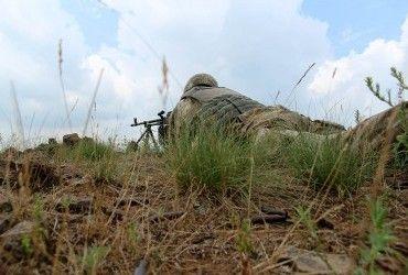 У зоні АТО внаслідок обстрілу бойовиків поранено двох українських бійців