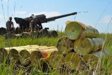 Сьогодні бойовики 9 разів обстріляли позиції українських військових з гранатометів і БМП – штаб АТО