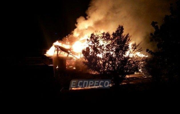 УКиєві повністю згорів ресторан