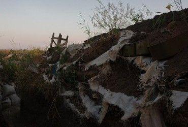 Волонтери повідомили про потужні бої у районі Новотроїцького, ворог зазнав втрат