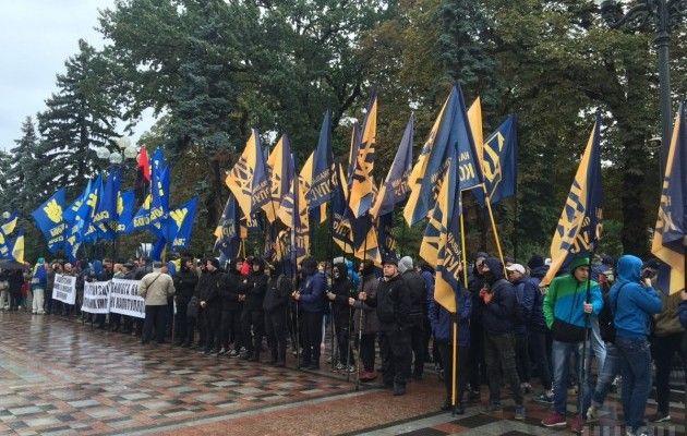 Закон овосстановлении суверенитета отдаляет Донбасс отУкраины— Грызлов
