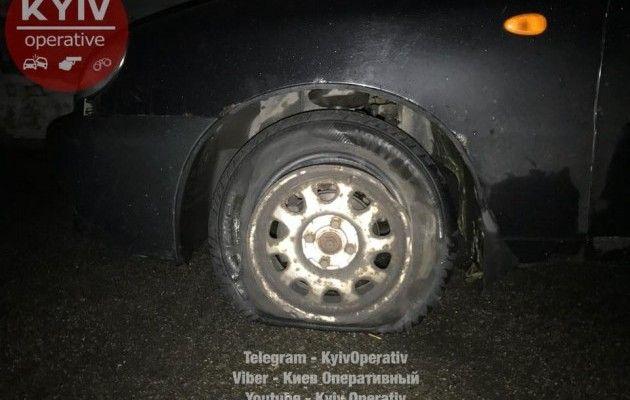 ВКиеве нетрезвый таксист после погони пытался съесть ключи отавтомобиля