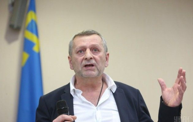 Мивсе одно повернемо Крим: Порошенко телефоном поспілкувався зЧийгозом і Умеровим