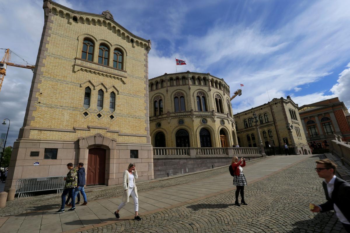 Норвегия и Финляндия разрешили въезд вакцинированным украинцам