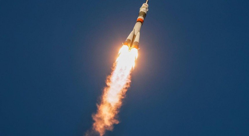 """Čerhovyj proval: """"Roskosmos"""" ne zmih zistykuvaty z MKS korabel' """"Sojuz"""" z robotom """"Fedorom"""" na bortu"""