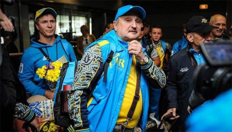 Dmytro Sosnovs'kyj oficijno zalyšyv posadu holovnoho trenera nacional'noї zbirnoї / fbu.org.ua