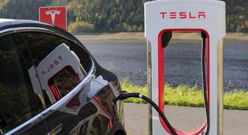 Tesla xoče pobuduvaty v Ukraїni stanciї Supercharger