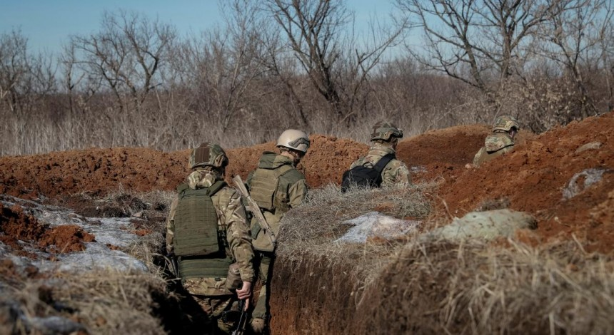 Sytuacija na Donbasi: bojovyky sim raziv obstrilyaly syly OOS