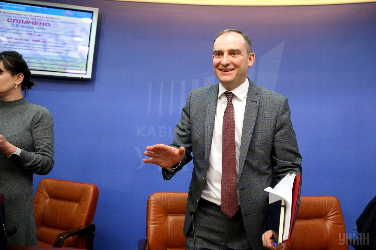 Верланов повідомив про скорочення частки блокувань податкових накладних / фото УНІАН