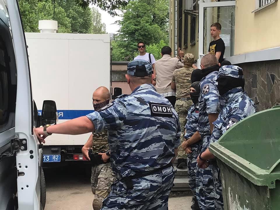 JeS očikuje, ščo vsi nezakonno vzyati pid vartu ukraїnci budut' zvil'neni/ foto: facebook.com/crimeansolidarity