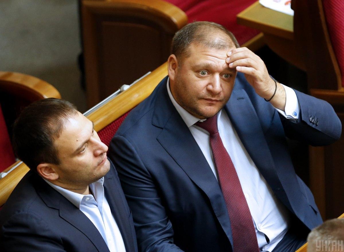 Dmytro (livoruč) i Myxajlo Dobkiny / foto UNIAN