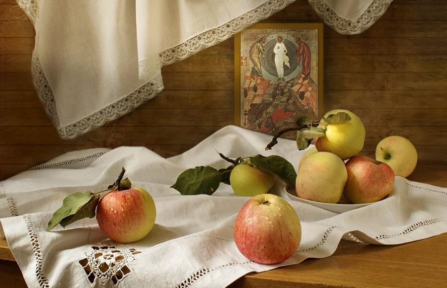 19 серпня святкується Преображення Господнє, або Яблучний Спас/ фото: ruvera.ru