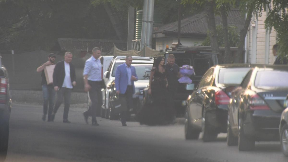 «Блаткомитет Кличко». Какую «дружбу» мэр Киева водит с криминальным миром