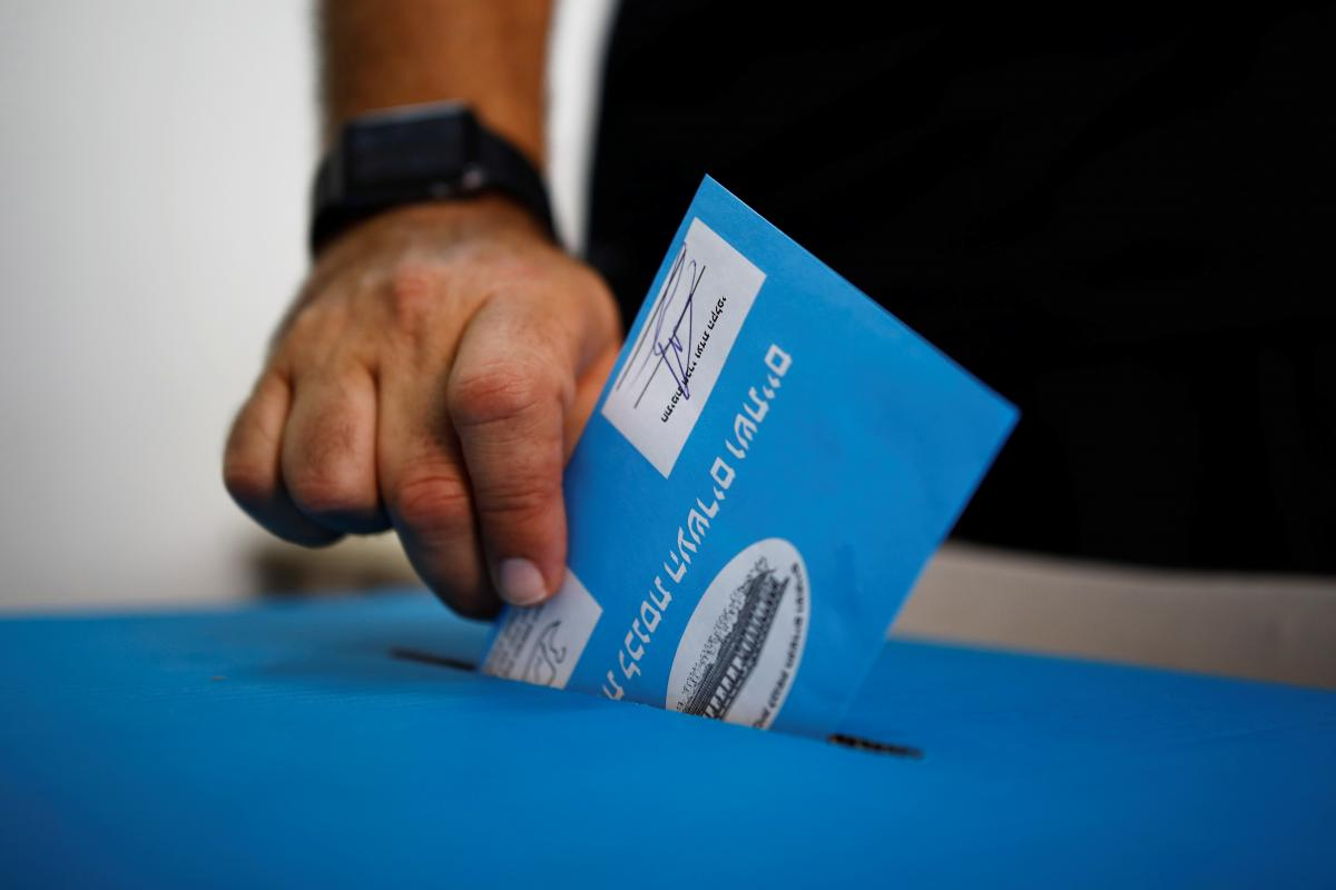 Вторые за год выборы в парламент Израиля не выявили фаворита - экзит-поллы