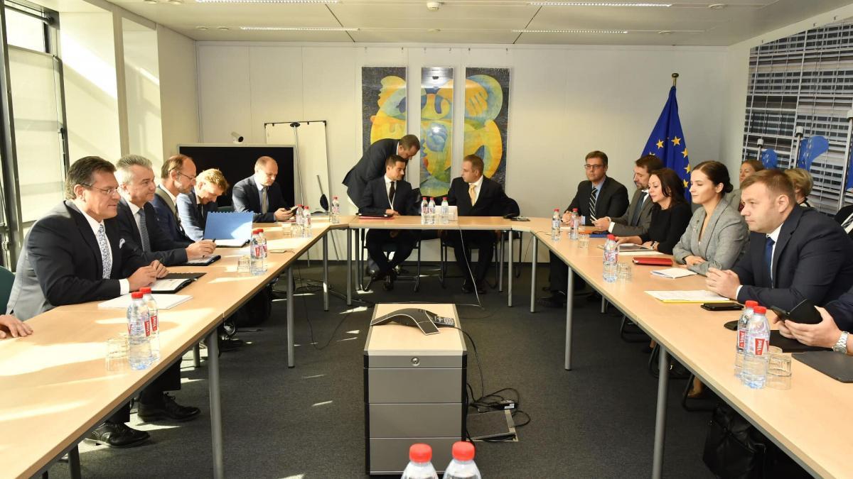 В Брюсселе начались переговоры Украина-ЕС-РФ по газу