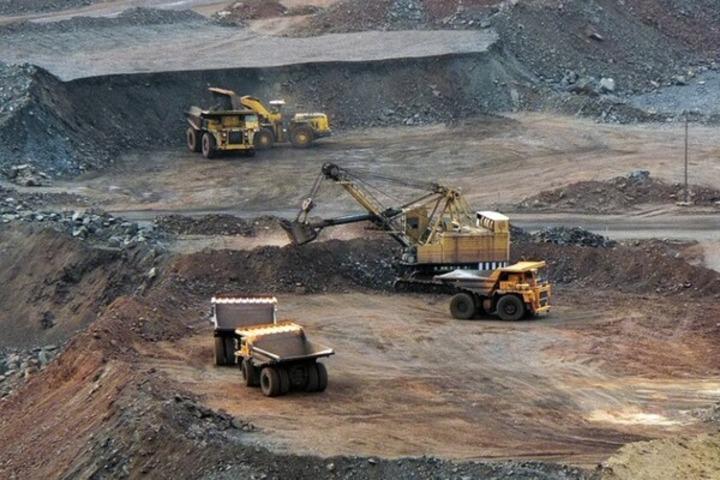 На думкуекспертів, законопроект про підняття ренти на видобуток залізної руди потребує оновлення на 60% / фото nedra.com.ua