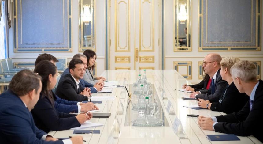 Зеленський обговорив з представниками МВФ подальшу співпрацю та реформи в Україні