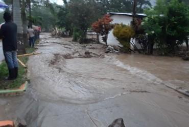 Čerez poveni v Hondurasi evakujuvaly blyz'ko 200 osib