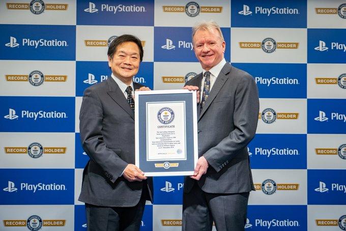 За 25 існування Playstation було продано понад 450 млн консолей всіх поколінь / twitter.com