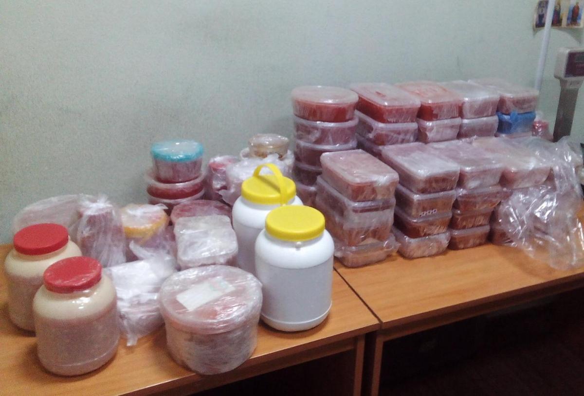 Украинка пыталась ввезти из Беларуси контрабандную красную икру на сумму более 100 тысяч гривень