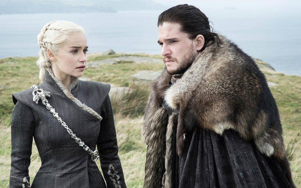 """Письменник зізнався, що після 4 сезону творці серіалу """"Гра престолів"""" діяли самостійно, бо вони використали весь матеріал його книг / Скріншот"""