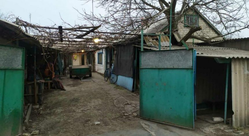 Під Дніпром чоловік до смерті побив дружину і намагався це замаскувати