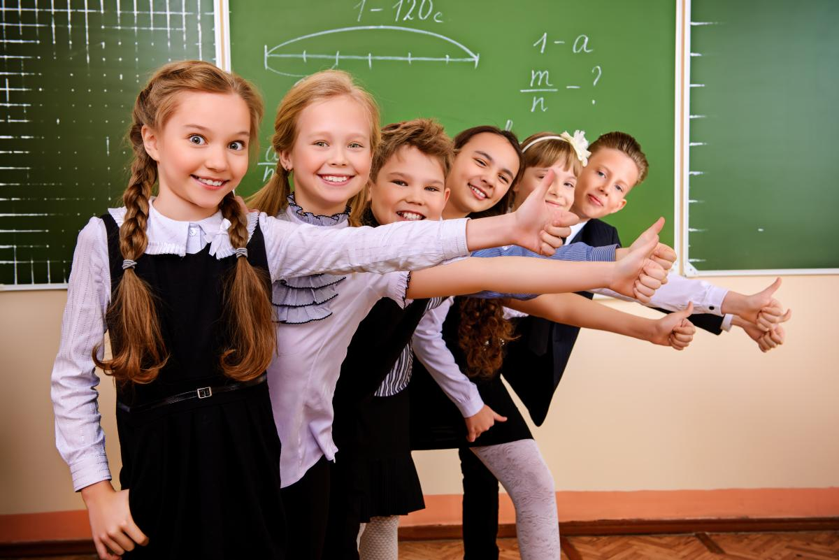 Ношение школьной формы — принуждение нарушает права школьников —
