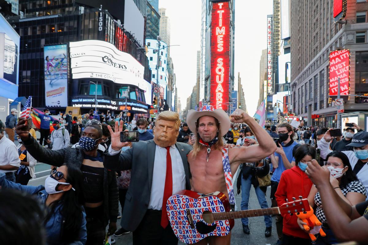 Выборы США - как американцы отреагировали на победу Байдена