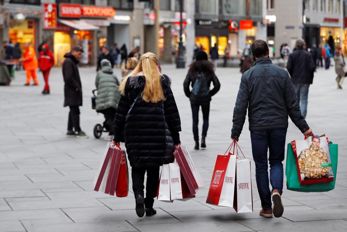 В Австрии отрицательный тест на коронавирус будут требовать при входе в магазины