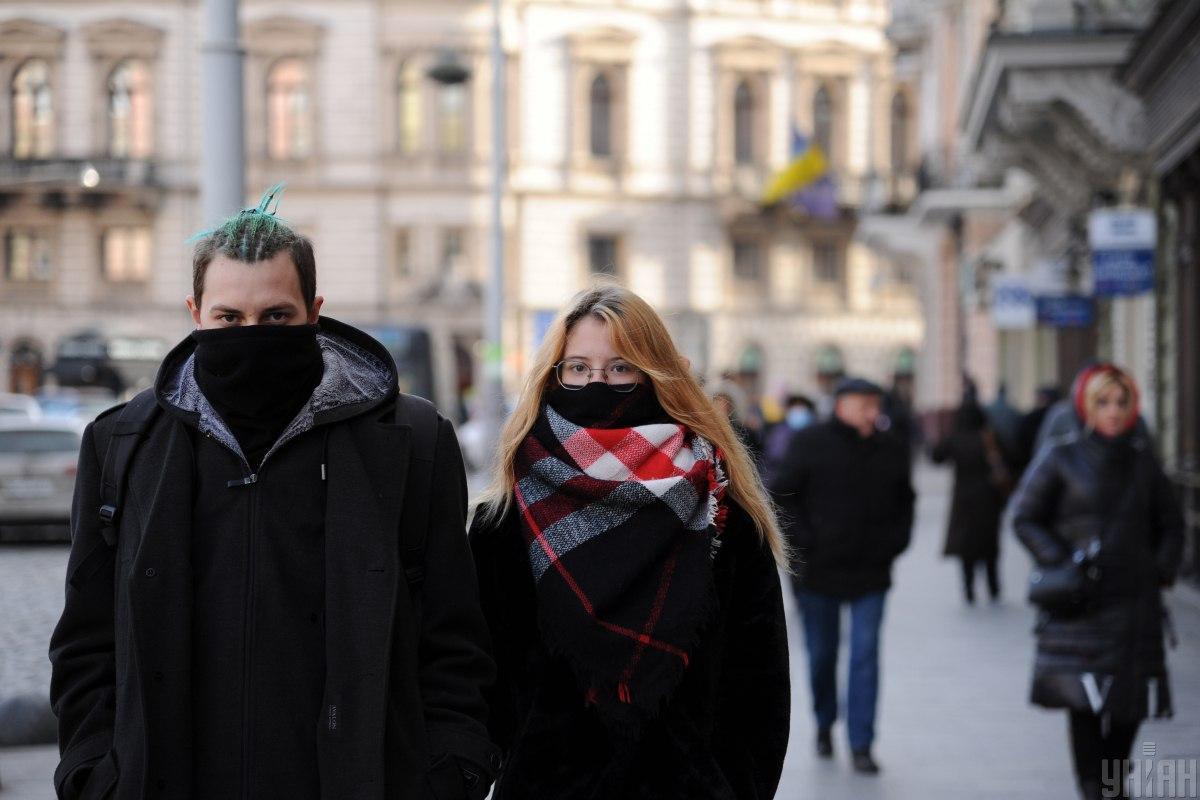 Инкубационный период COVID-19 в Украине сокращается до 7-8 дней,