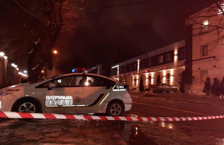 Масштабный пожар в одесском отеле: в полиции рассказали подробности