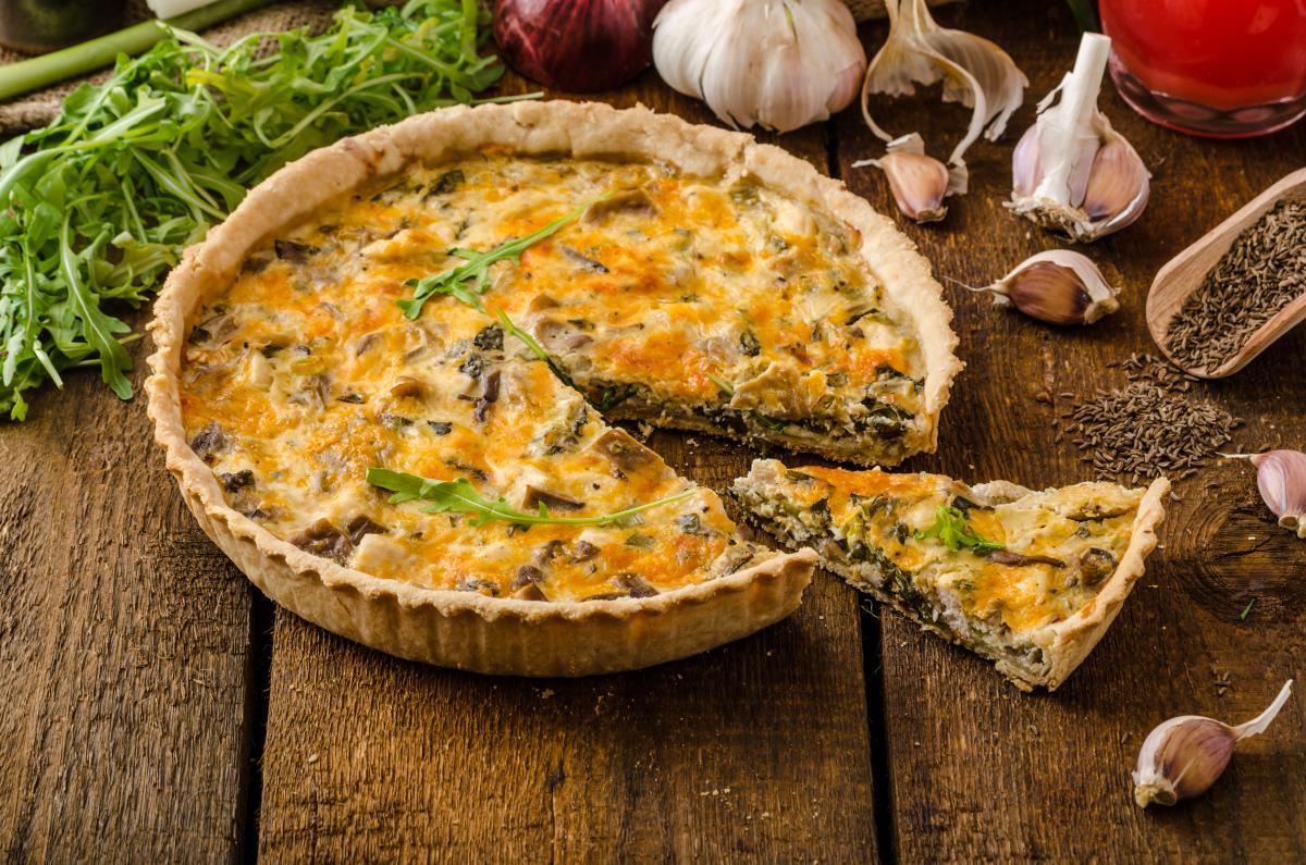 Душистый пирог с грибами: как приготовить аппетитную домашнюю