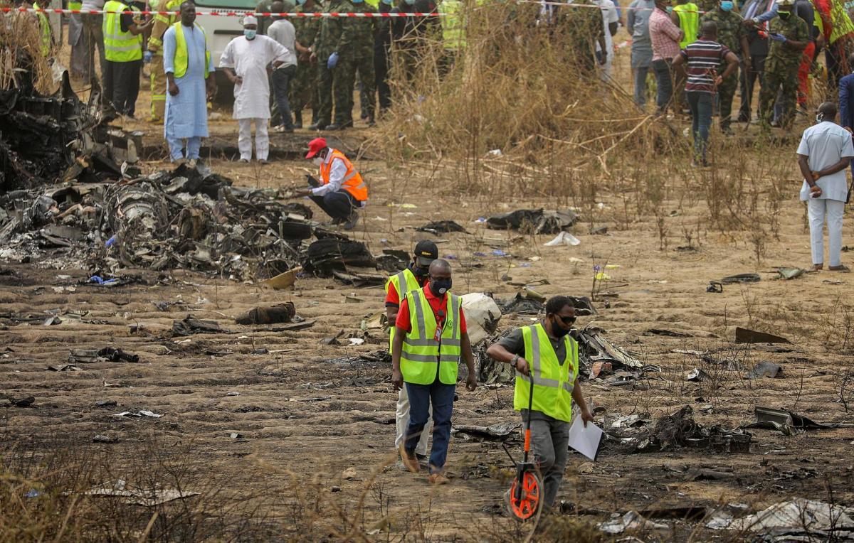 в Нигерии разбился военный самолет — Новости мира — УНИАН