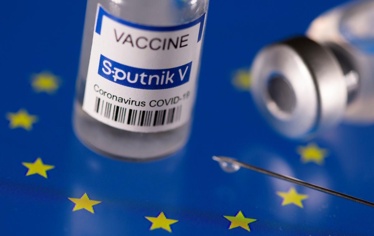 Прививка SputnikV: Франция запретит въезд туристам, которые вакцинированы российским препаратом