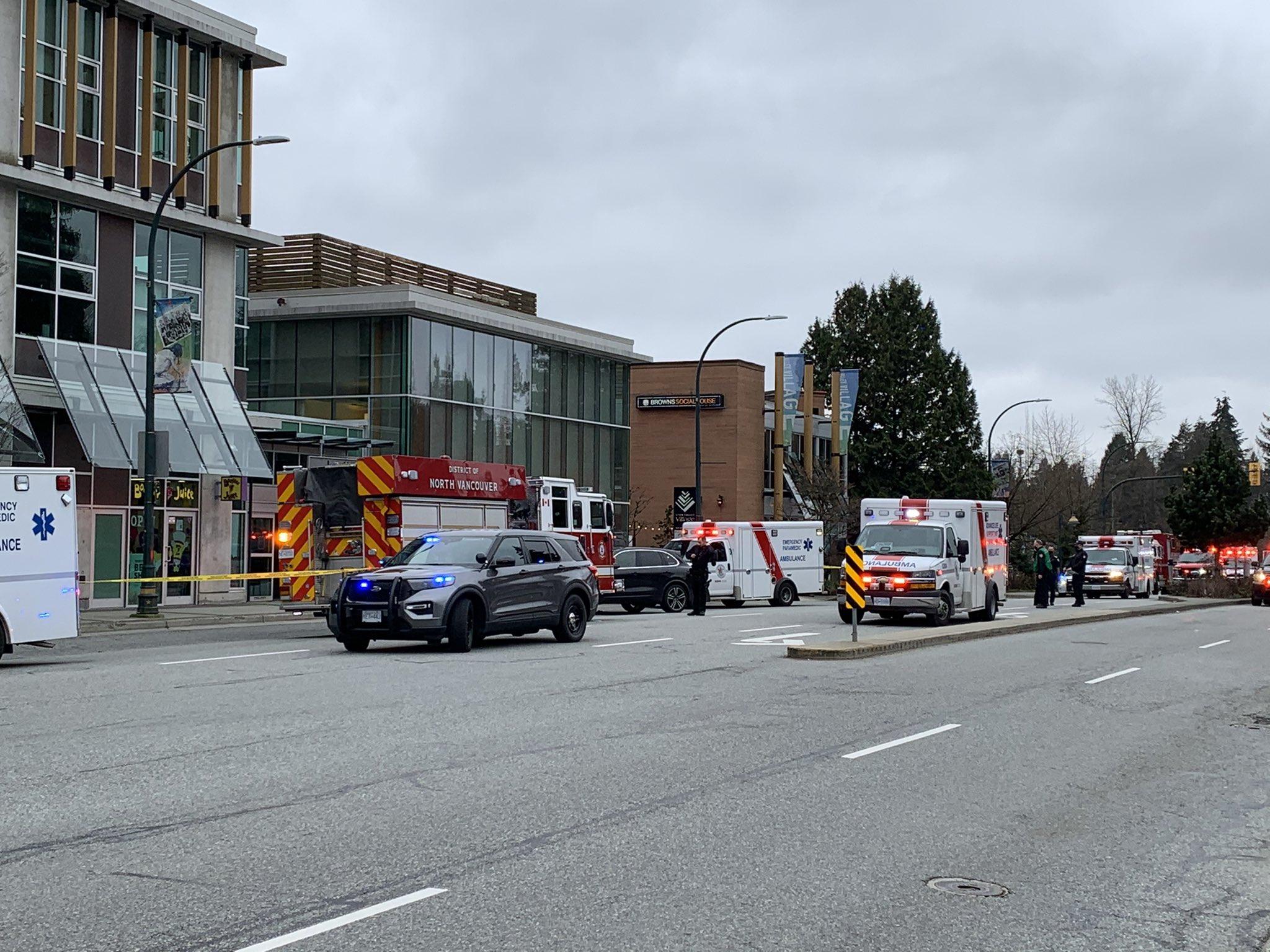 Нападение в библиотеке в Канаде — мужчина зарезал женщину и ранил