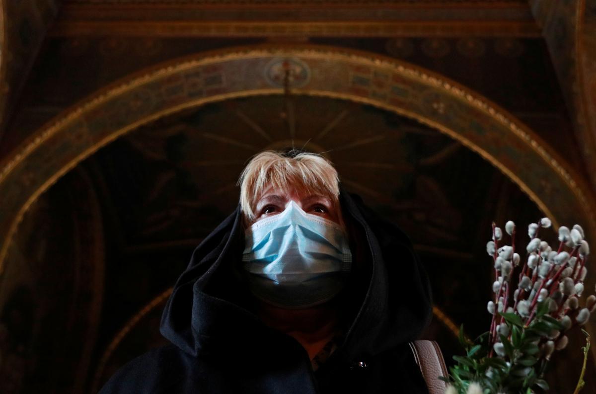 Пика не достигнет: эксперты оценили ситуацию с COVID-19 в Украине после Пасхи