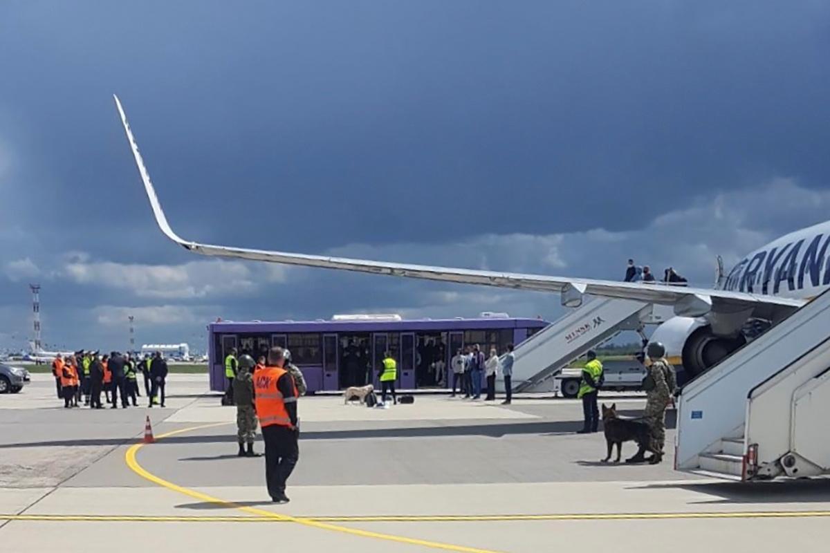 В Германии допустили причастность России к инциденту с самолетом Ryanair