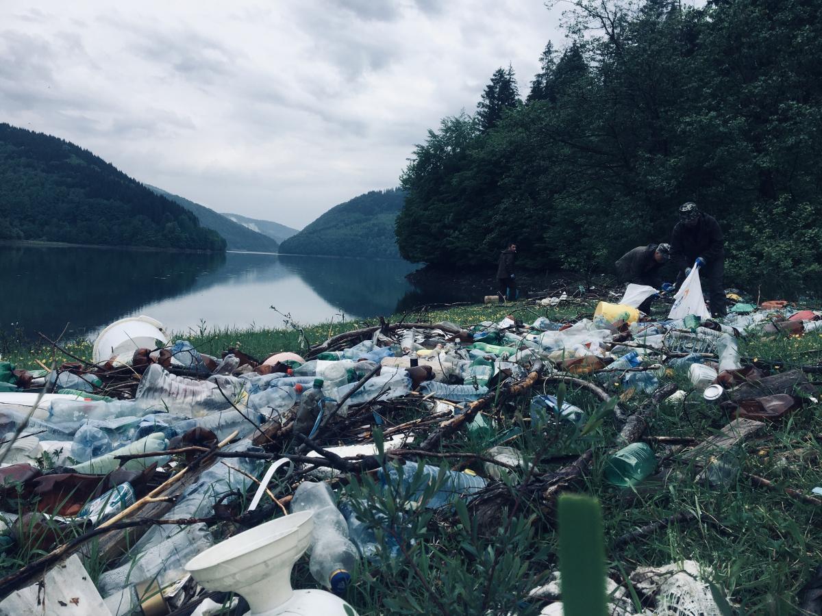 Многоэтажки отходов. Что делать, чтобы украинские реки перестали быть мусоропроводами в Европу
