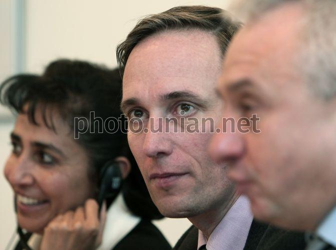 Photo Martin Raiser, Seema Manghee and Aleksey Kucherenko - UNIAN