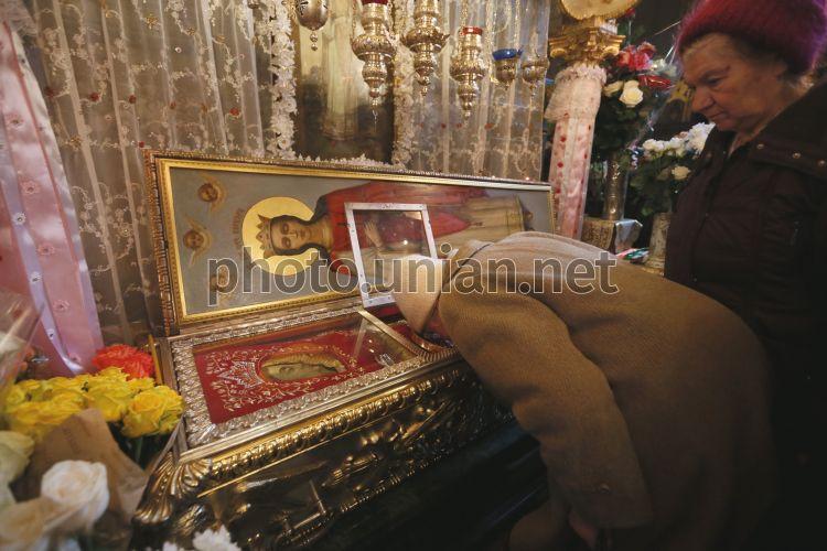 использую харлампию молитва мощи фото жизнь