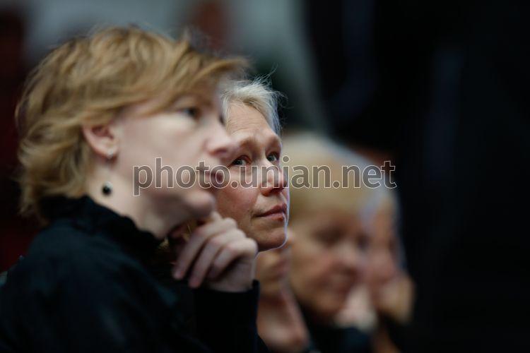 Алена притула журналист фото