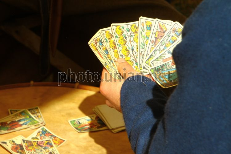 Играть в беларуси в карты на деньги игры про казино онлайн играть
