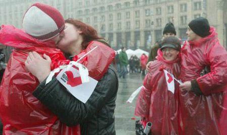 На День святого Валентина зірки обіцяють вам здійснення ваших любовних бажань / УНІАН