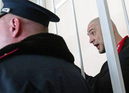 Курочкин - судье: «Это Вы ведите себя порядочно».