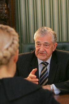 Терри Дэвис во время официальной встречи в штаб-квартире БЮТ. Киев, 26 апреля