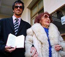 Адельфа Вольпес и ее муж, Рейнальдо Вавекче. Фото Reuters