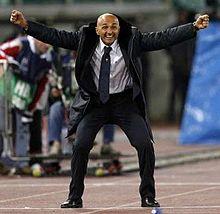 Лучано Спаллетти радуется победе Ромы над Спортингом. Фото Reuters