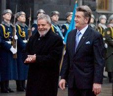 Виктор Ющенко и Президент Бразилии Луис Инасио Лула да Силва во время встречи в Киеве. 2 декабря