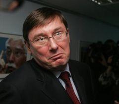 Юрий Луценко по окончании пресс-конференции в УНИАН. Киев, 28 января